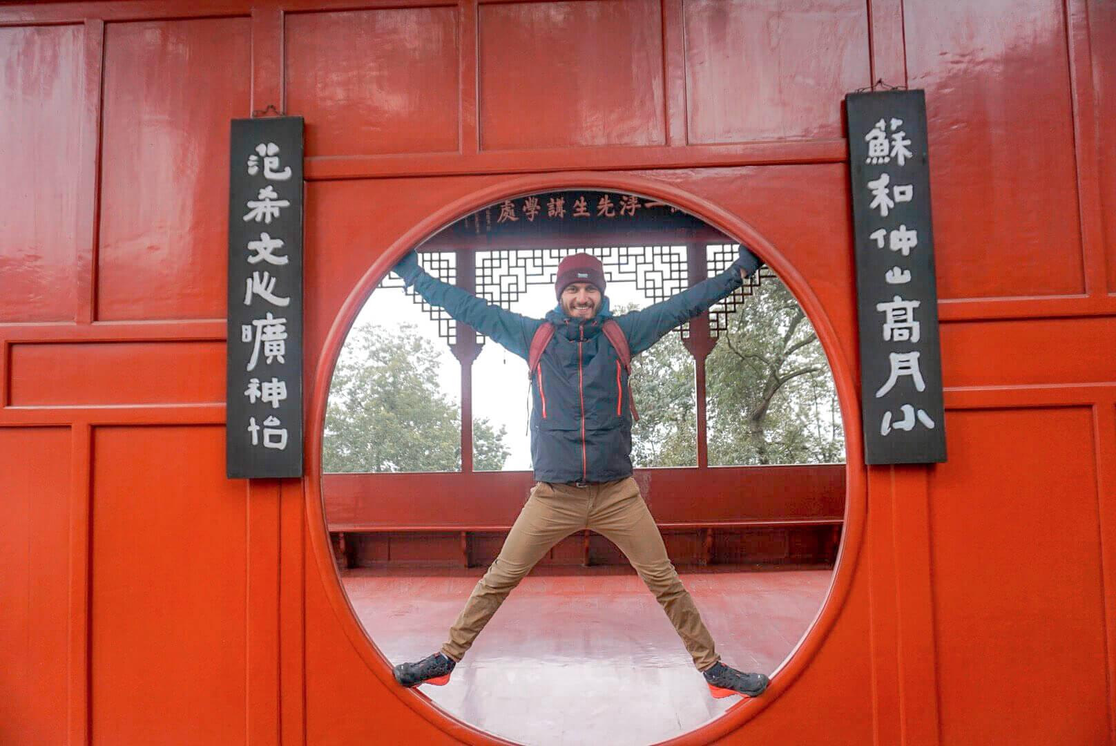comment visiter parc du bouddha de leschan guilin chine