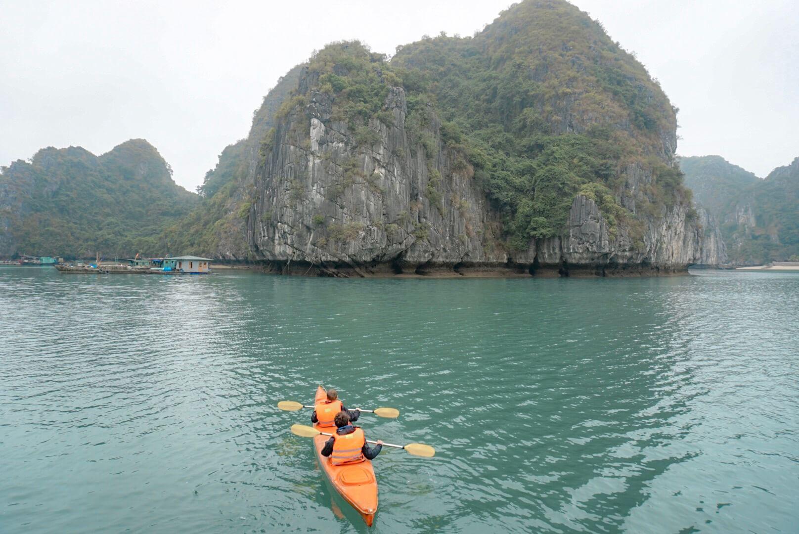 croisière kayak baie ha long lan ha Cat ba