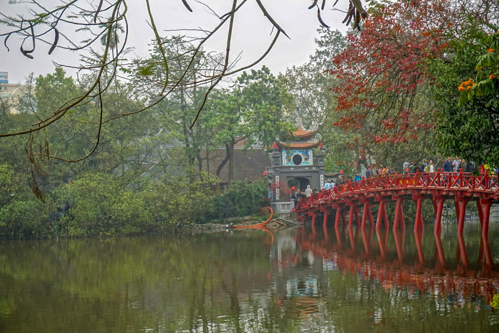 Hanoi Pont rouge parc tortue Vietnam