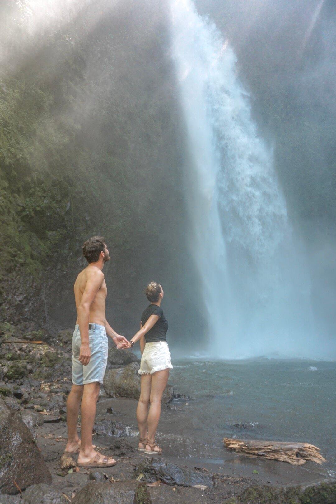 Visiter et se rendre à la Cascade Nungnung falls Ubud Bali