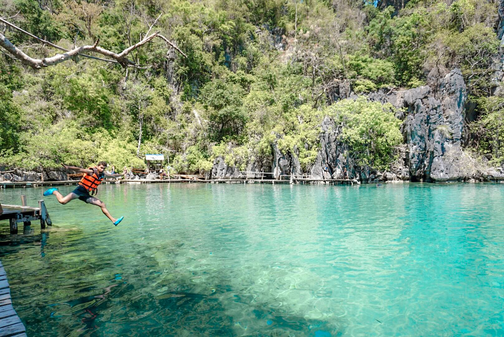Kayangan lake Philippines blog voyage