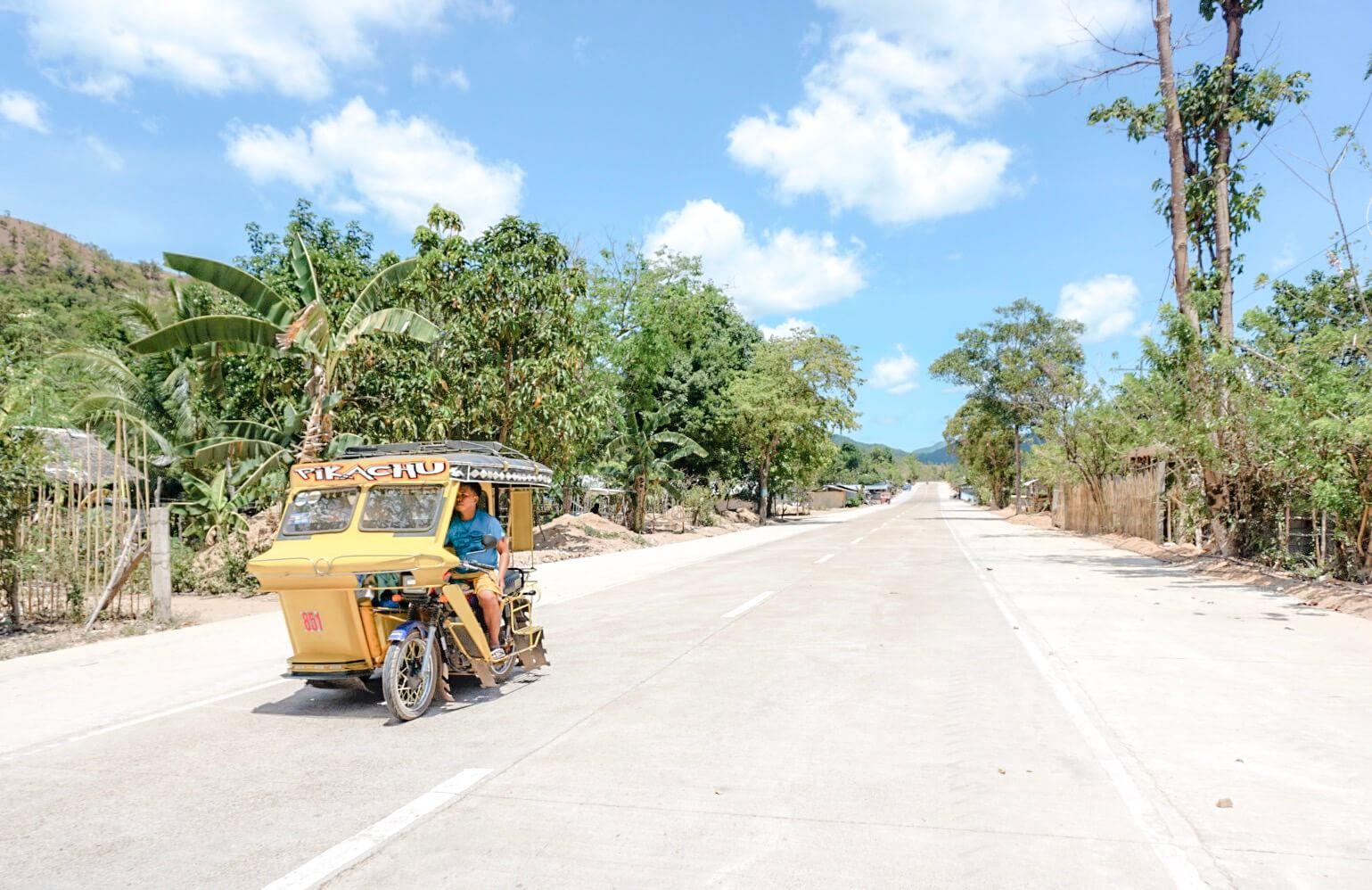 roadtrip Philippines scooter Coron