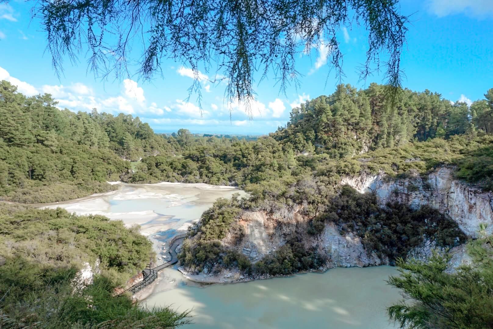 Visiter le parc géothermique Wai-O-Tapu