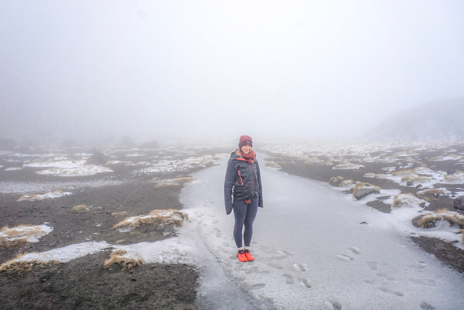 automne sentier gelé Tongariro alpine crossing randonnée