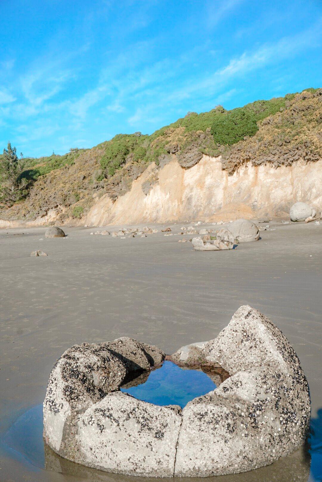 pourquoi pierre rondes moeraki boulders légende
