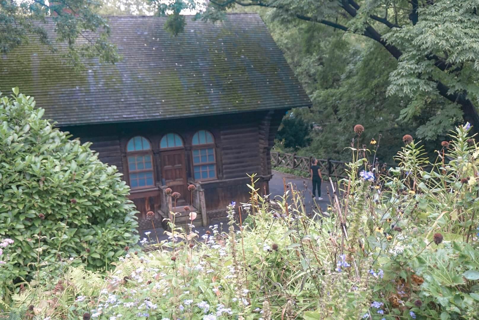 shakespeare garden blog vélo