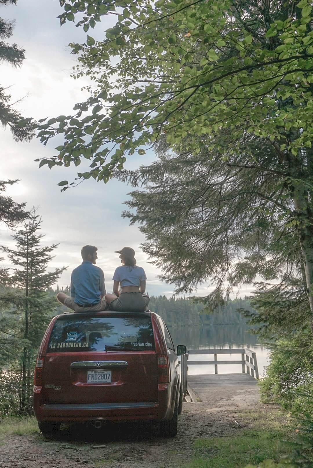 road trip van mont tremblant quebec canada