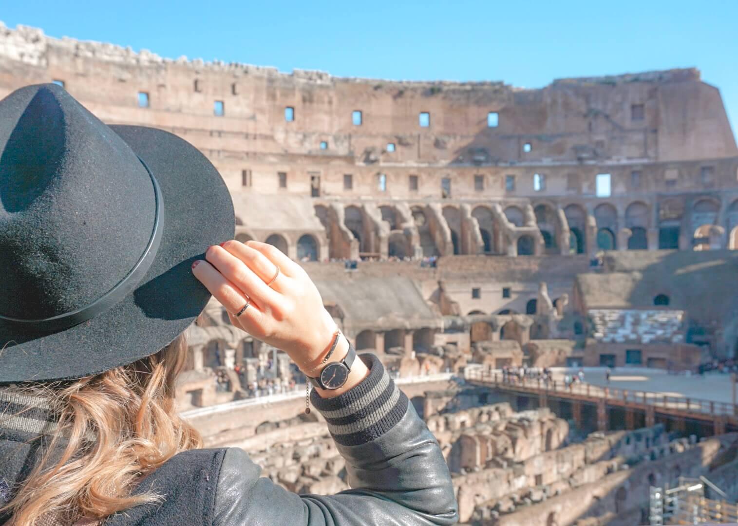 interieur colisee 7 merveilles du monde moderne rome