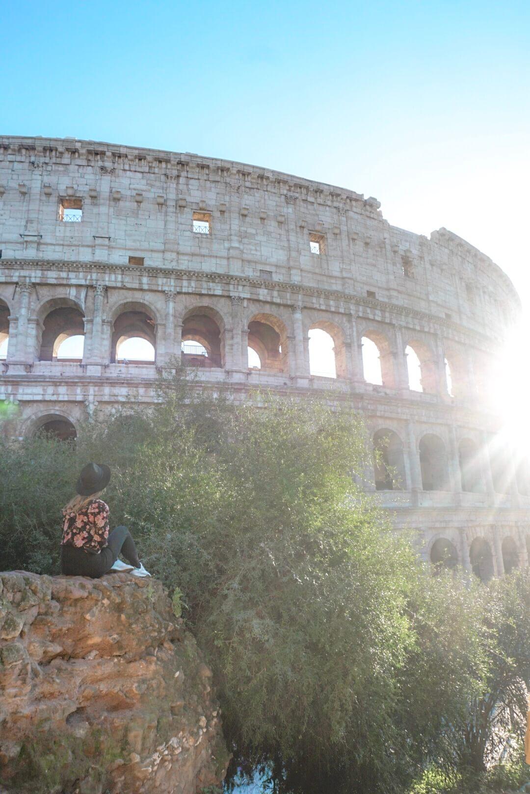 ou trouver plus belle vue sur le colisée rome