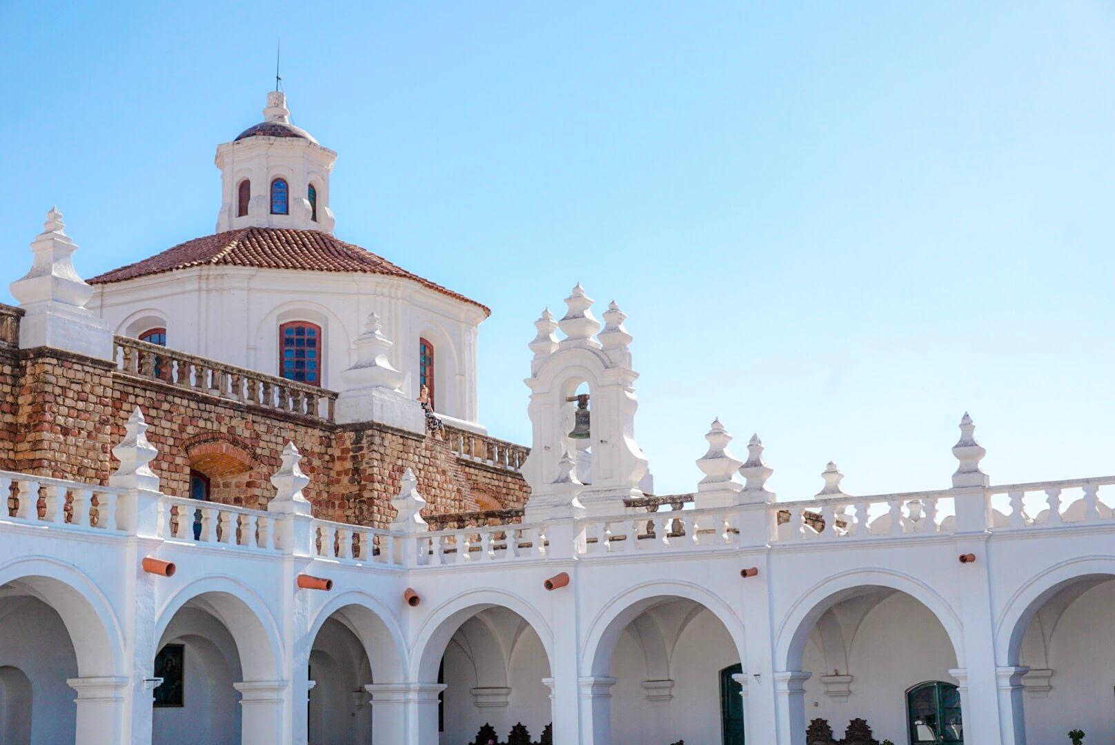 visiter les toits du couvent iglesia san felipe de neri sucre