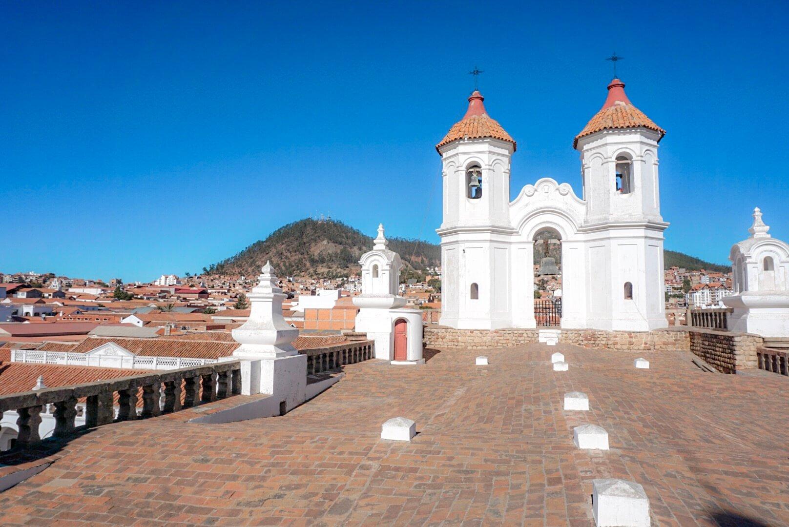 comment monter sur les toits de sucre bolivie