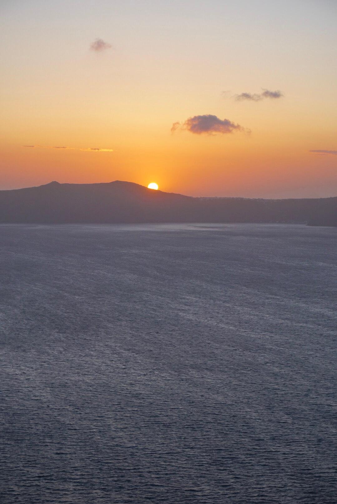 coucher de soleil santorin oia