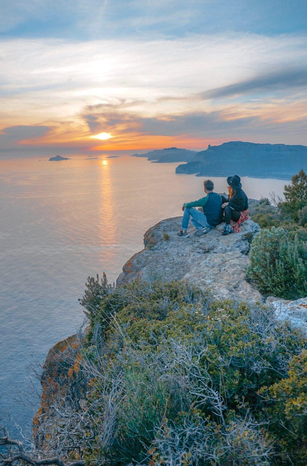 Un coucher de soleil sur la route des cretes depuis cassis