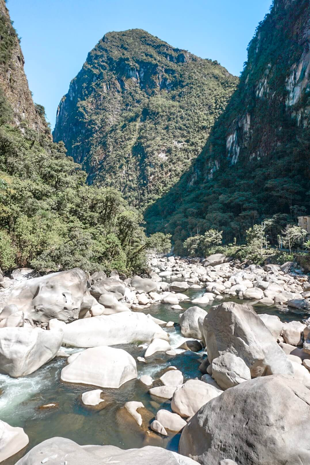 comment aller aguas calientes machu picchu