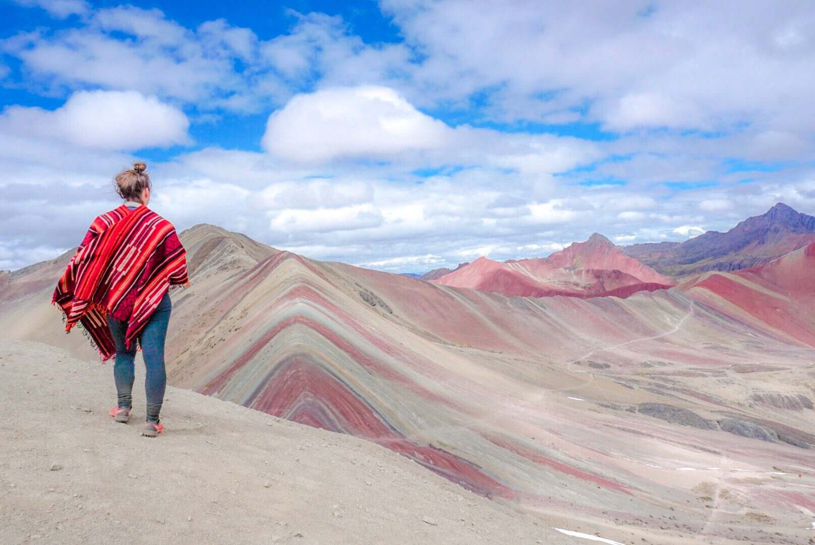visiter la rainbow mountain perou