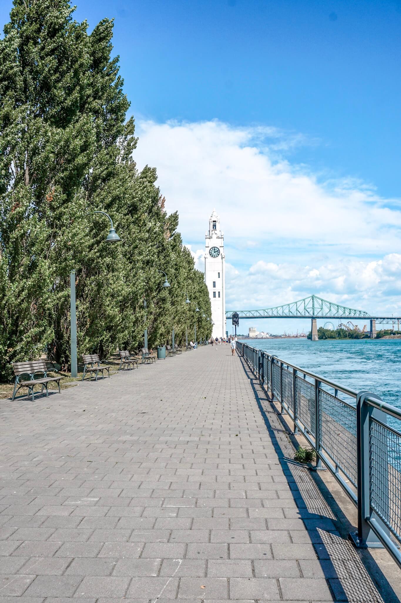 quartier du vieux port montreal quebec